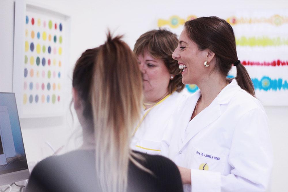 Especialistas Cirugia Maxilofacial y Odontologia