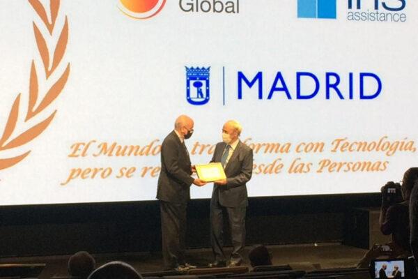 Premio Ecofin Clinica CEMTRO