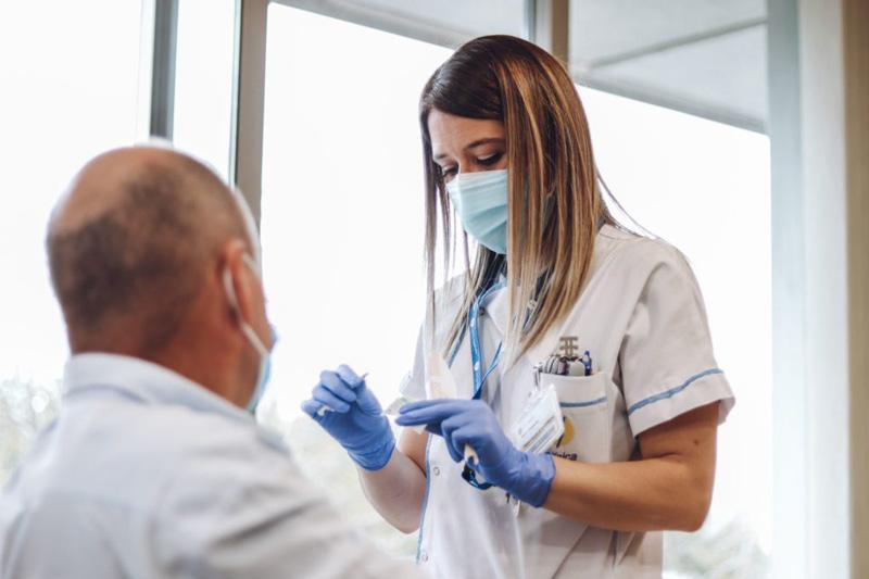 cemtro recibe segunda vacunacion sanitarios