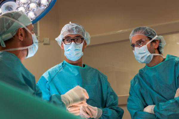 equipo unidad cirugia cemtro